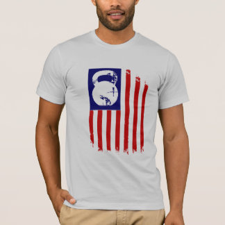 Kettlebell Patriot auf Weiß T-Shirt