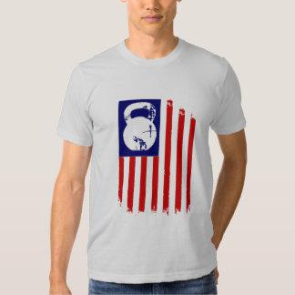 Kettlebell Patriot auf Weiß Tshirt