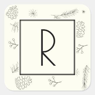 Kiefern-und Beeren-Elfenbein-Monogramm Quadratischer Aufkleber