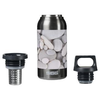 Kiesel, Felsen, Hintergrund Isolierte Flasche