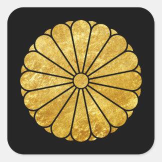 Kiku Chrysantheme-Montag-Imitatgold auf Schwarzem Quadratischer Aufkleber