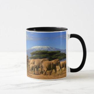 Kilimanjaro und Elefanten Tasse