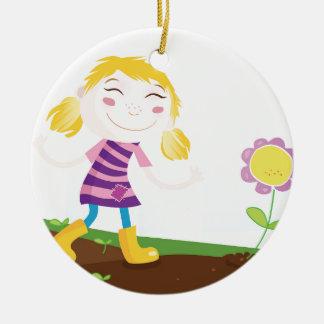 Kind im Garten Keramik Ornament