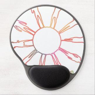 Kinder auf der ganzen Welt, die auf einer Kugel Gel Mousepad