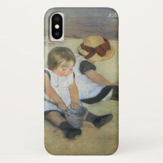 Kinder, die auf dem Strand durch Mary Cassatt iPhone X Hülle