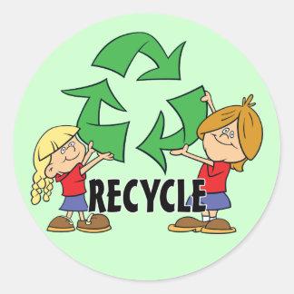 Kinder recyceln runder aufkleber