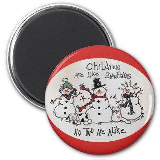 Kinder sind wie Schneeflocke-Magnet Runder Magnet 5,7 Cm