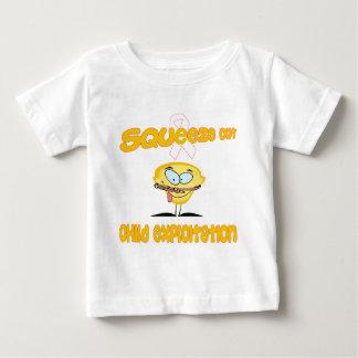 Kinderausnutzung Baby T-shirt