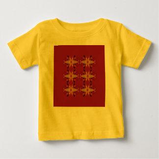 Kindergelbes T-Shirt mit Verzierungsbraun