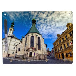 Kirche von St. Catherine, Banska Stiavnica, Trockenlöschtafel Mit Schlüsselanhängern