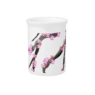 Kirschblüte 30, Tony Fernandes Getränke Pitcher