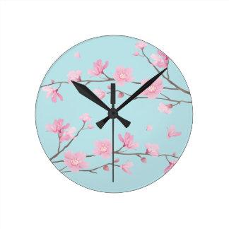 Kirschblüte - Himmel-Blau Runde Wanduhr