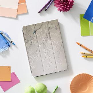Kirschblüte mit Vögeln iPad Pro Cover