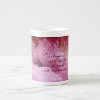 Kirschblüten-Collagen-Tee-Zitat Porzellantasse