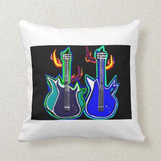 Kissendekor mit starken Gitarren Zierkissen