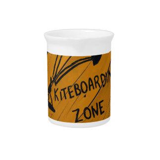 Kiteboard Zeichen Krug
