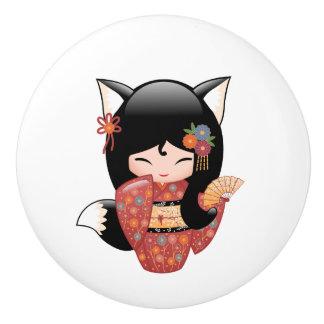 Kitsune Kokeshi Puppe - schwarzer Fox-Mädchen Keramikknauf