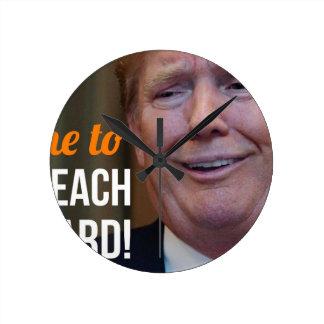 Klagen Sie Dotard Donald Trump an Runde Wanduhr