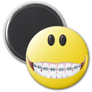 Klammer-Smiley Runder Magnet 5,1 Cm