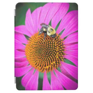 Klare lila Blume mit Biene iPad Pro Hülle