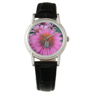 Klare lila Blumen mit Biene Armbanduhr