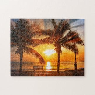 Klarer tropischer Sonnenuntergang Puzzle
