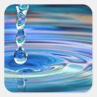 Klares blaues Wasser-Tropfen-Fließen Quadratischer Aufkleber