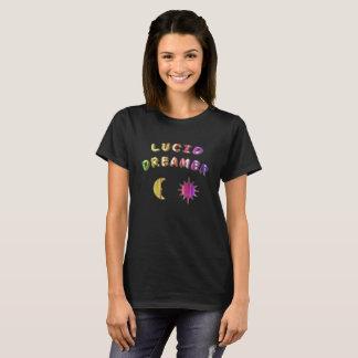 Klares T-Shirt der Träumer der Regenbogenfrauen.