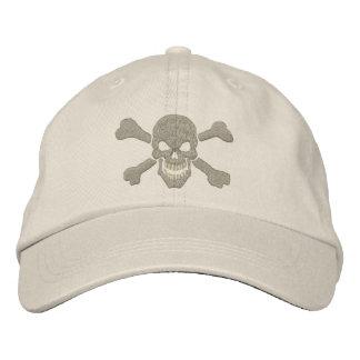 Klassische Piraten-Knochen-Schädel-Stickerei Bestickte Mütze