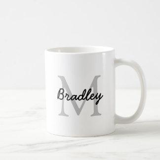 Klassische weiße Tasse mit Schiefer-Grau-Monogramm