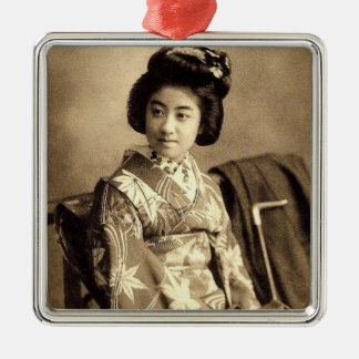 Klassischer Vintager japanischer Sepia tonte Silbernes Ornament