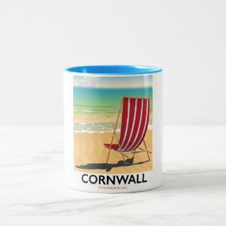 Klassisches Reiseplakat Cornwall-Strandes Zweifarbige Tasse