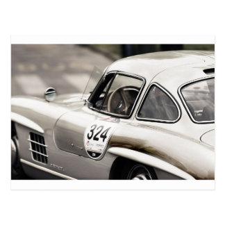 Klassisches Vintages Mercedesschwarzes u. -WEISS Postkarte