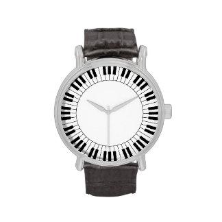 Klavier-Schlüsselgesichts-Uhr