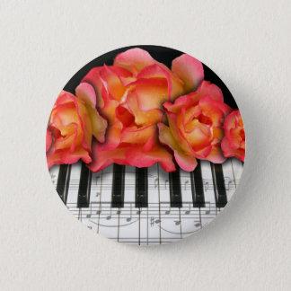 Klavier-Tastatur-Rosen und Musiknoten Runder Button 5,1 Cm