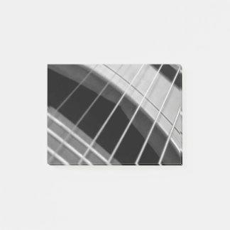 Klebriger Notizblock mit B/W Gitarrenbild