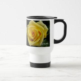Kleine gelbe Rose Reisebecher