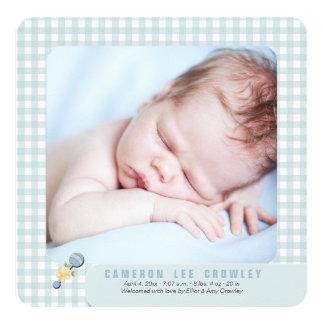 Kleine Karo-blaue Foto-Geburts-Mitteilung Karte
