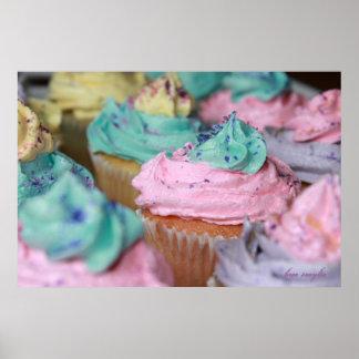 Kleine Kuchen im Pastell Plakat