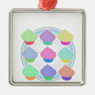 Kleine Kuchen Quadratisches Silberfarbenes Ornament