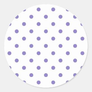 Kleine Polks Punkte - Ube auf Weiß Runder Aufkleber