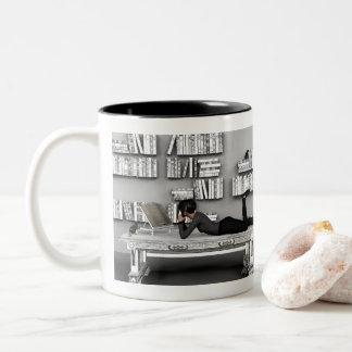 Kleine rat de Bibliothèque (Bücherwurm) Zweifarbige Tasse