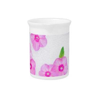 kleine rosa Blumen Krug