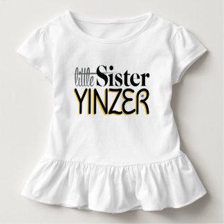 Kleine Schwester Yinzer Kleinkind T-shirt