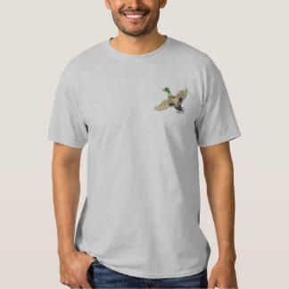 Kleine Stockente Besticktes T-Shirt