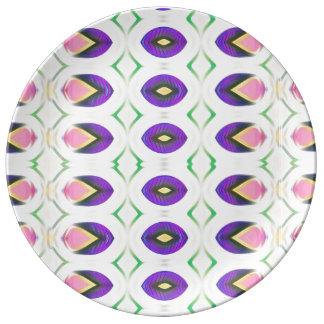 Kleine Tulpen in der rosa und lila Platte Porzellanteller