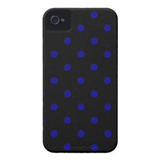 Kleine Tupfen - dunkelblau auf Schwarzem Case-Mate iPhone 4 Hüllen