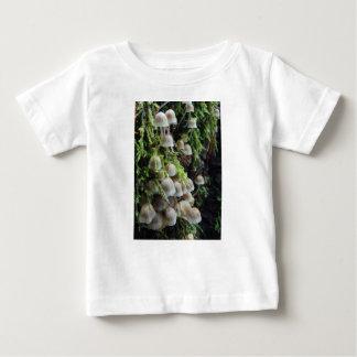 Kleine weiße Pilze Baby T-shirt