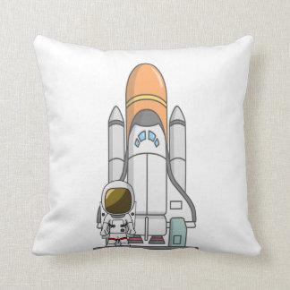 Kleiner Astronaut u. Raumschiff Zierkissen