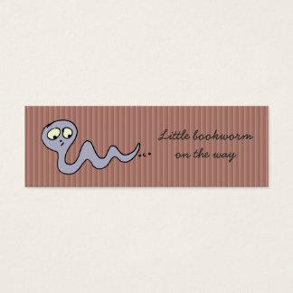 Kleiner Bücherwurm auf der Weise - Lesezeichen Mini Visitenkarte